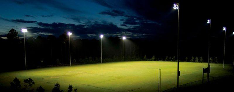 足球场照明方案1200W足球场照明灯IP65100-277VAC高质量